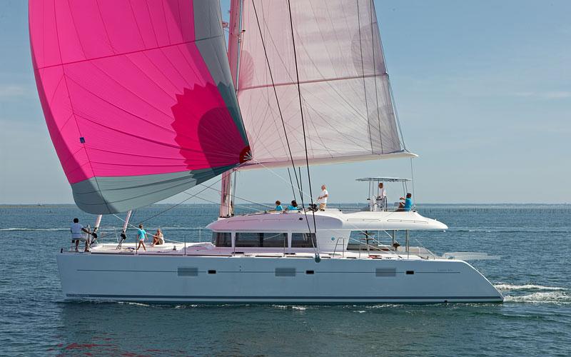 Crewed Charter: Lagoon 620 Katamaran-Charter