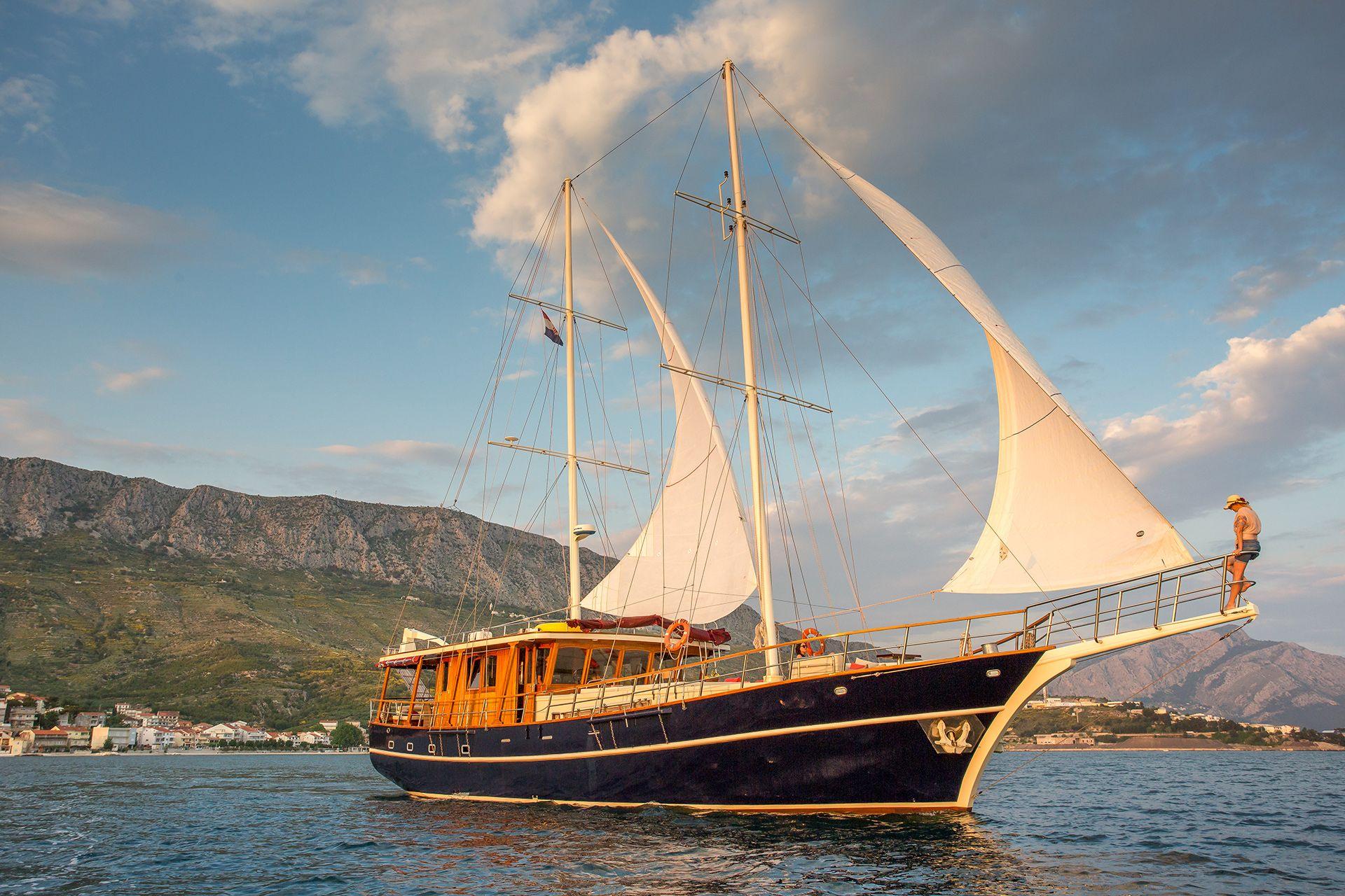 ALTAIR - Luxury Cruises in Croatia